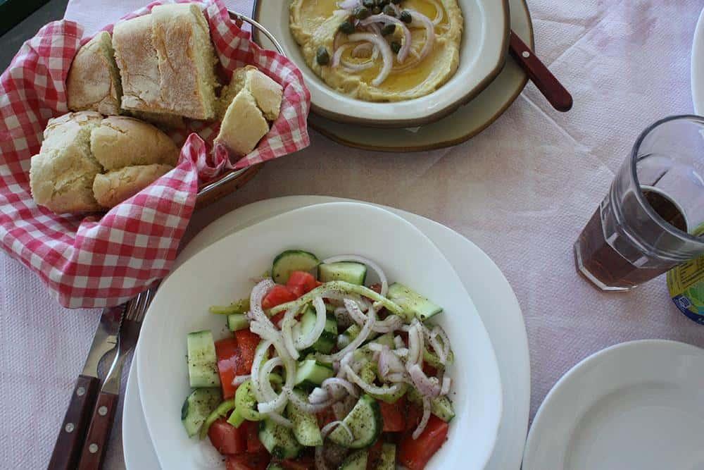 Tsipouradiko meal