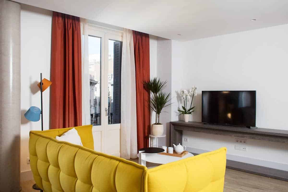 Where to stay in Barcelona: best accommodation: Cosmo Apartments