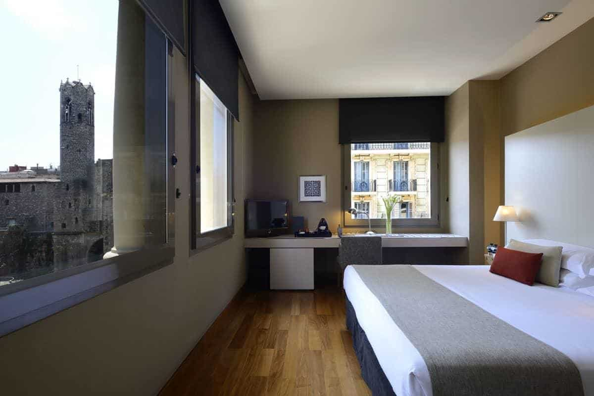 Best Accommodation in Barcelona: Grand Hotel Central