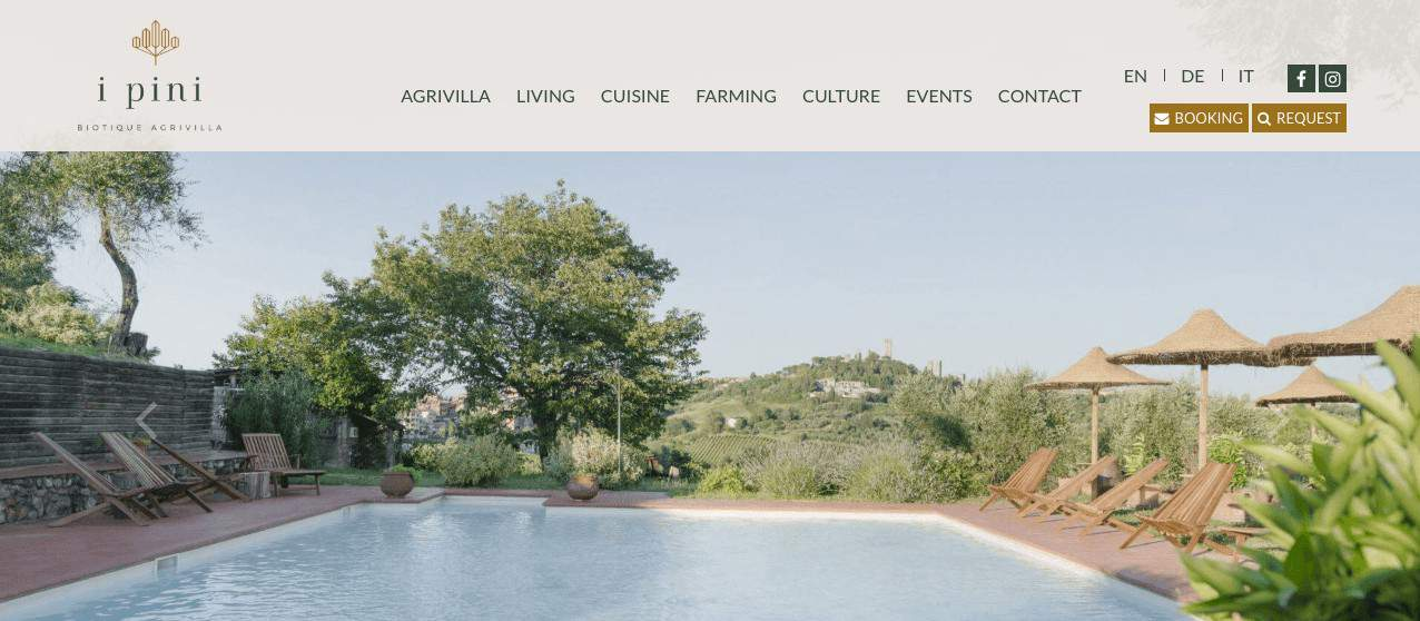 Screenshot of i Pini site showing the pool